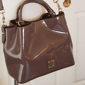 Barlow Patent leather bag